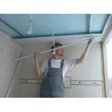 Как выполняется отделка потолка пластиковыми панелями своими руками