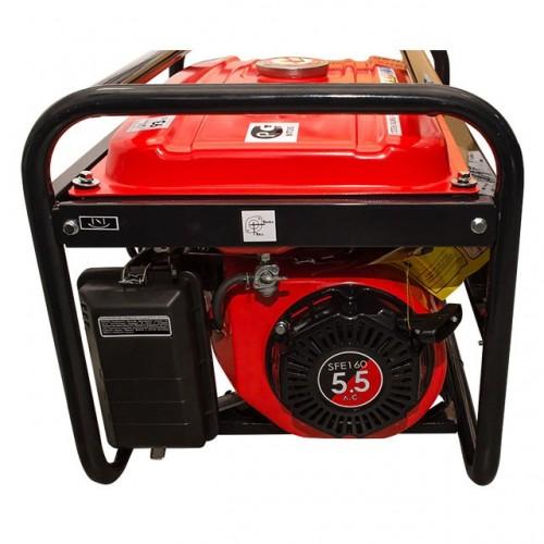 Генератор бензиновый макс мощн. 2,4 кВт., ном. 2,2 кВт., 5,5 л.с., 4-х тактный, ручной пуск 40,7 кг. INTERTOOL DT-1122, DT-1122, Генераторы бензиновые
